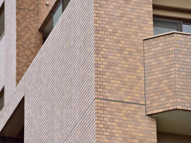 下地や目地シーリングに注意が必要なタイル外壁