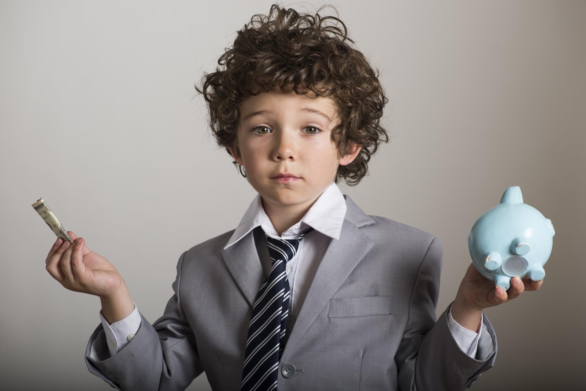 誠実な営業マンは、正確な資金計画を作る
