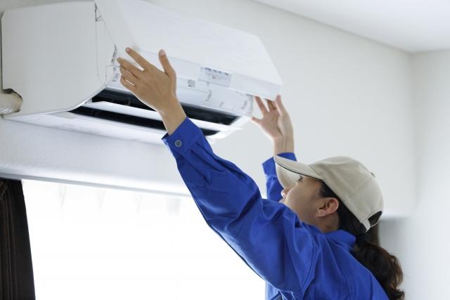 エアコンはすぐに修理するが、換気システムは故障しても放置されがち