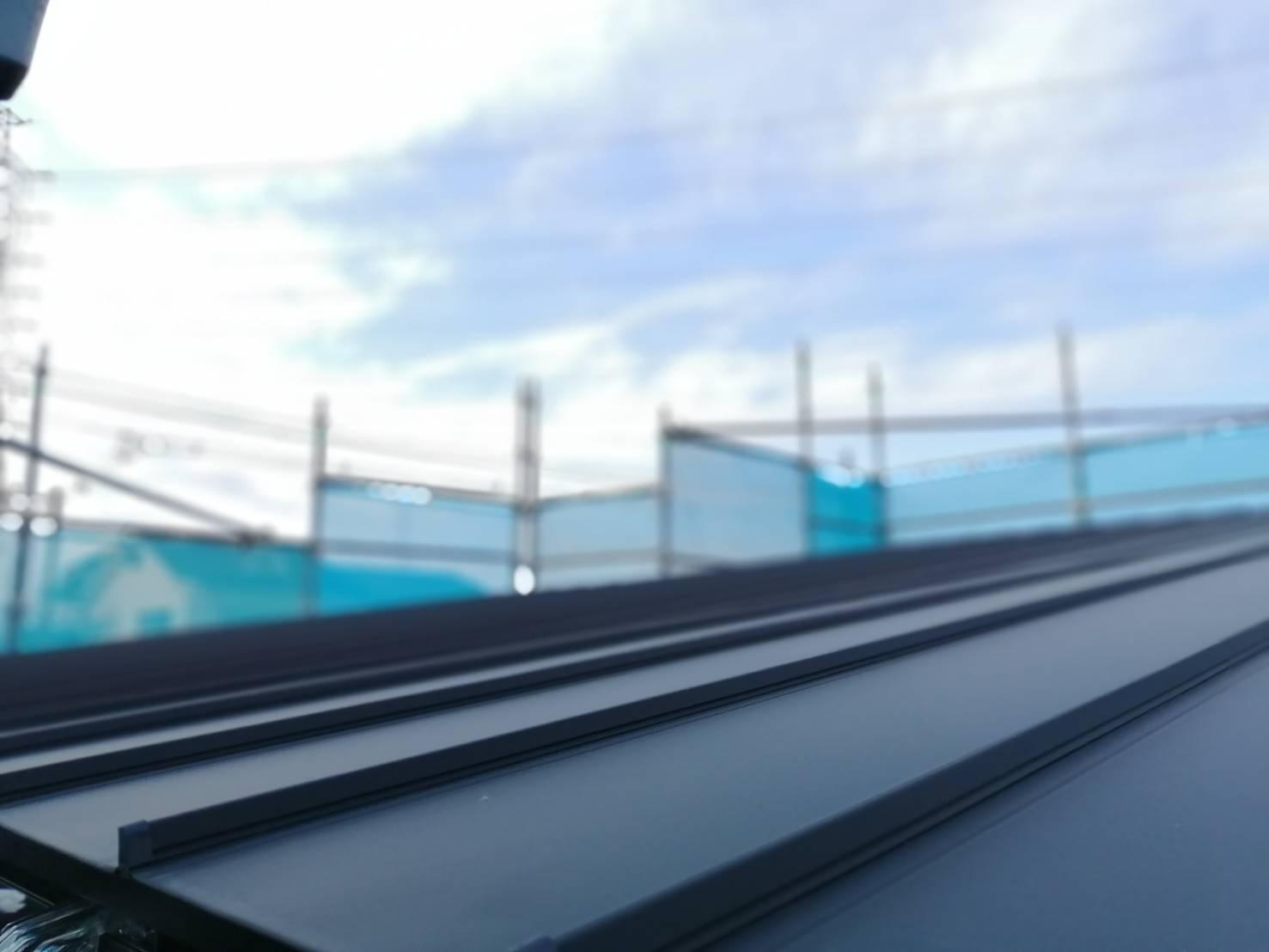 「屋根・ルーフィング・バルコニー防水」のメンテナンス費用を安くするコツ|選んではいけない建材とは?